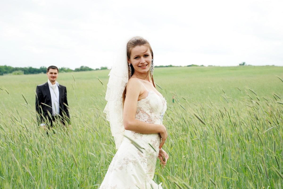 Невеста в поле