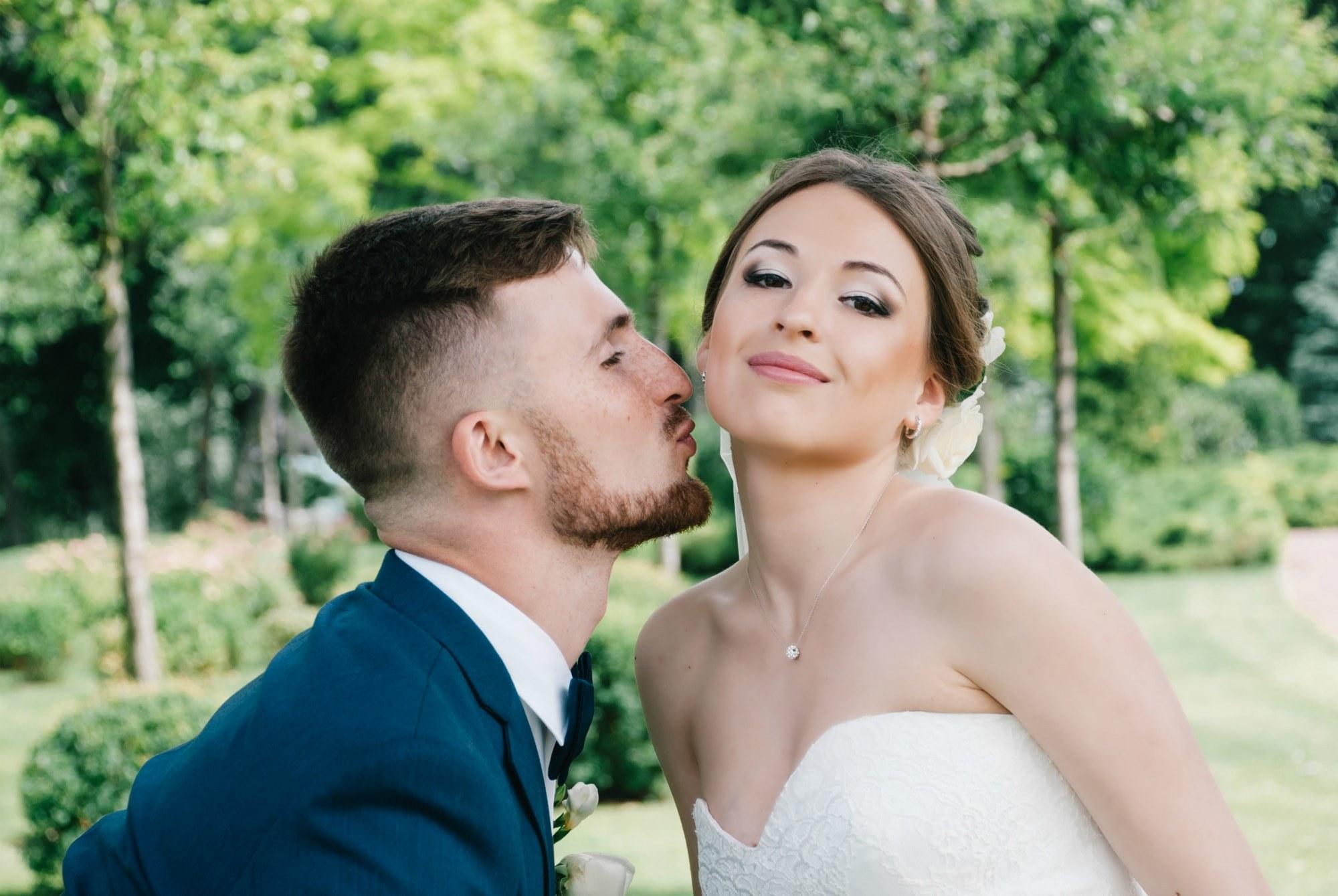Поцелуй в щечку - Фотограф Киев - Женя Лайт