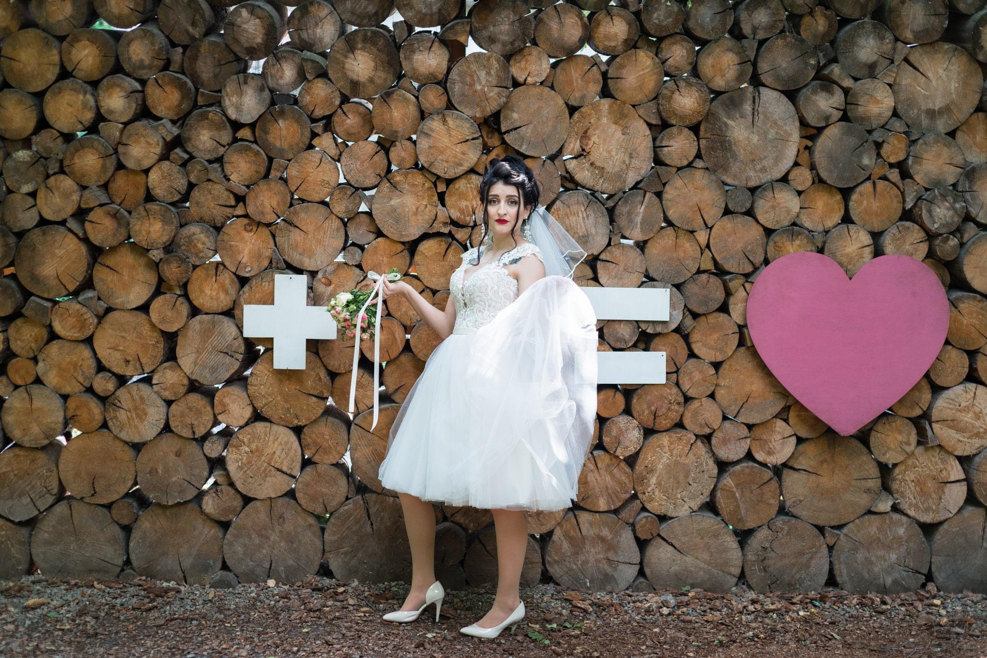 Свадебная фотосъемка в студии Плей - инсталяция и невеста