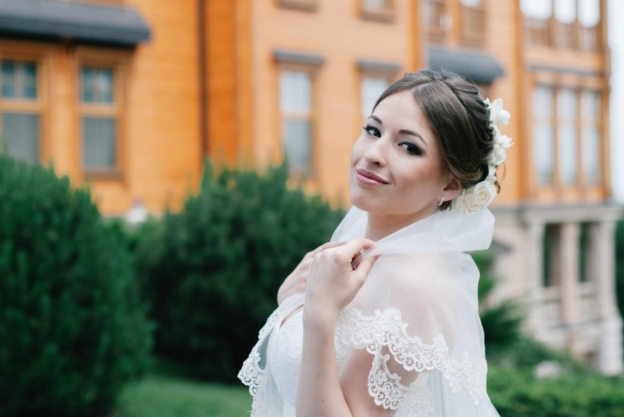 Фотопрогулка невесты в Межигорье - Фотограф Киев - Женя Лайт
