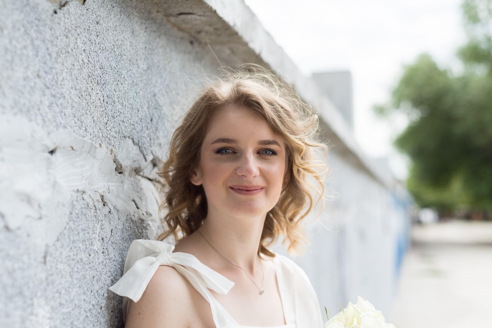 Фотосессия свадебная возле Днепра - солнечный образ невесты