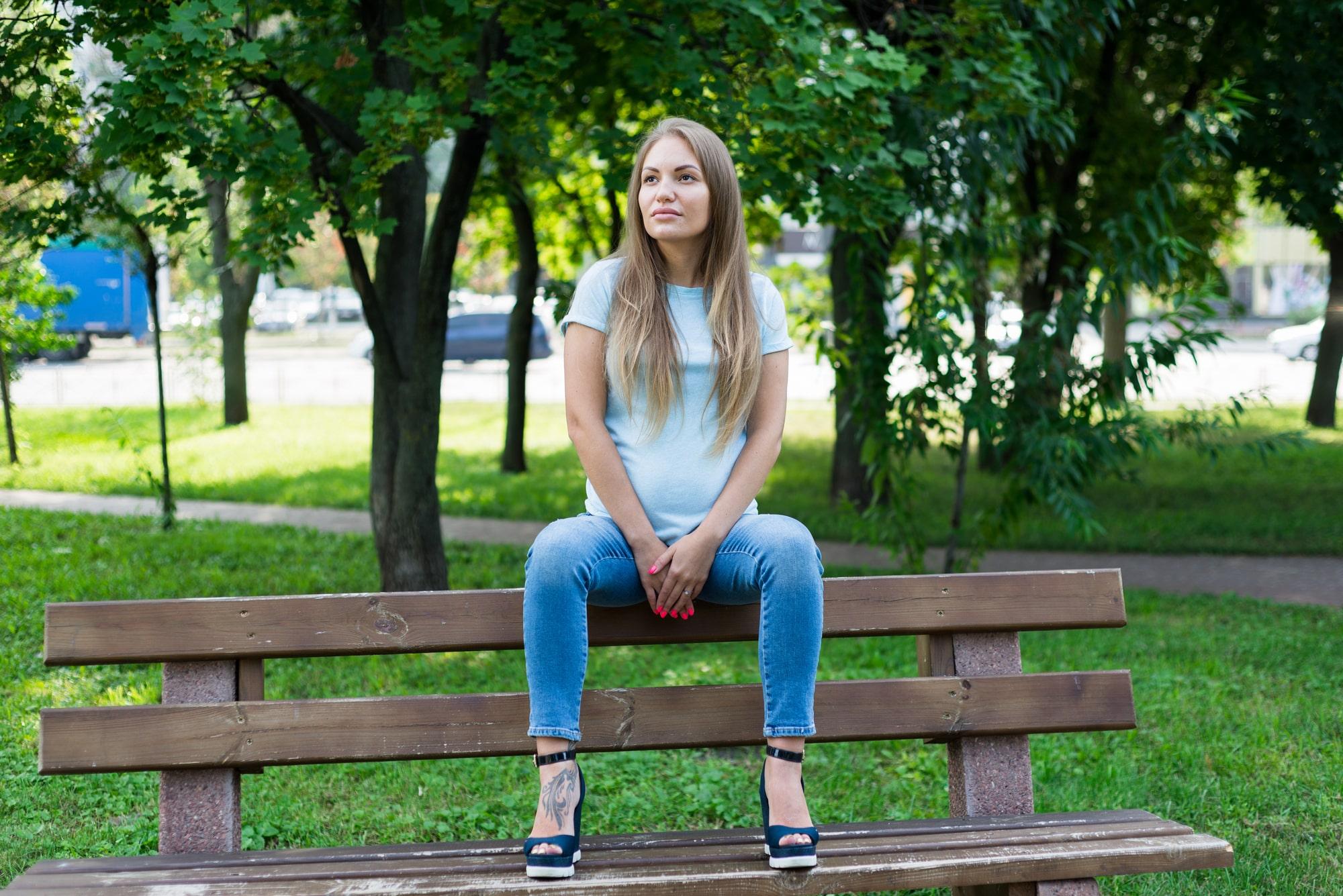 Фотосессия для беременных в Киеве - прогулка в парке