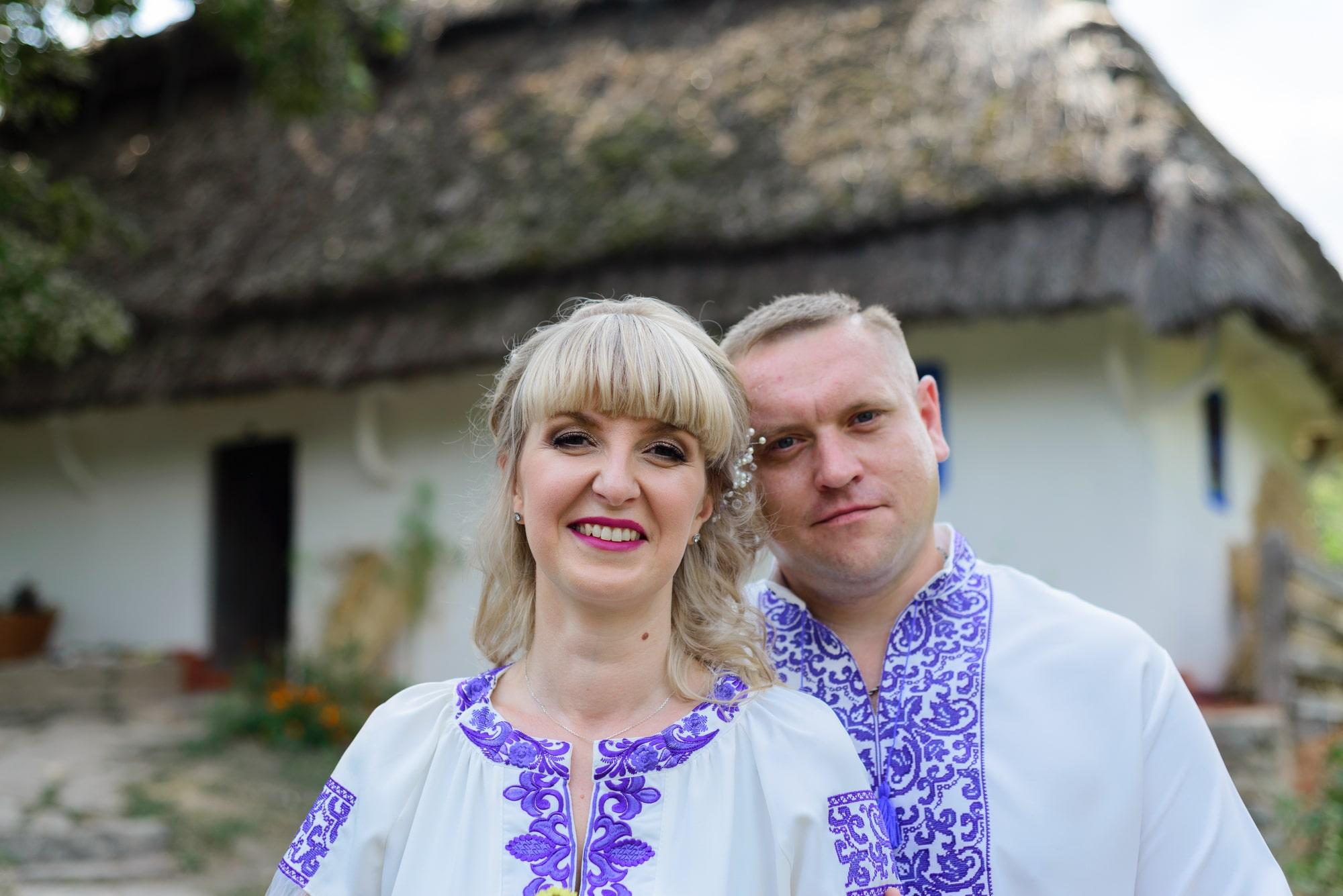 Свадебная фотосессия в Пирогово - счастливые молодожены