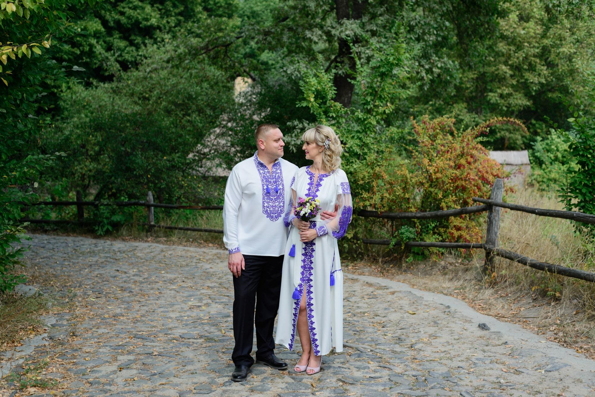 Свадебная фотосессия в Пирогово - в вышиванках