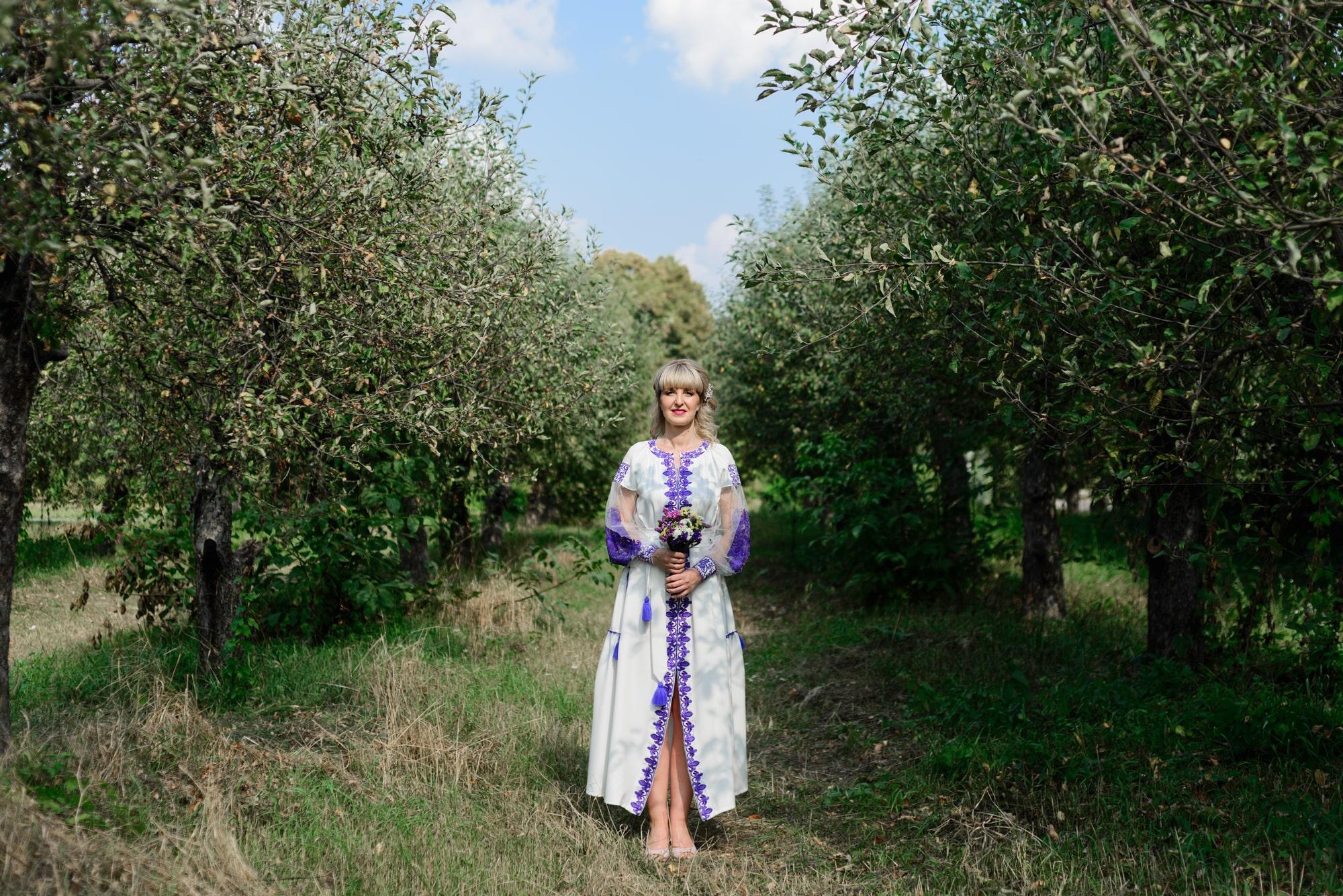 Свадебная фотосессия на Вднх - в яблочном саду