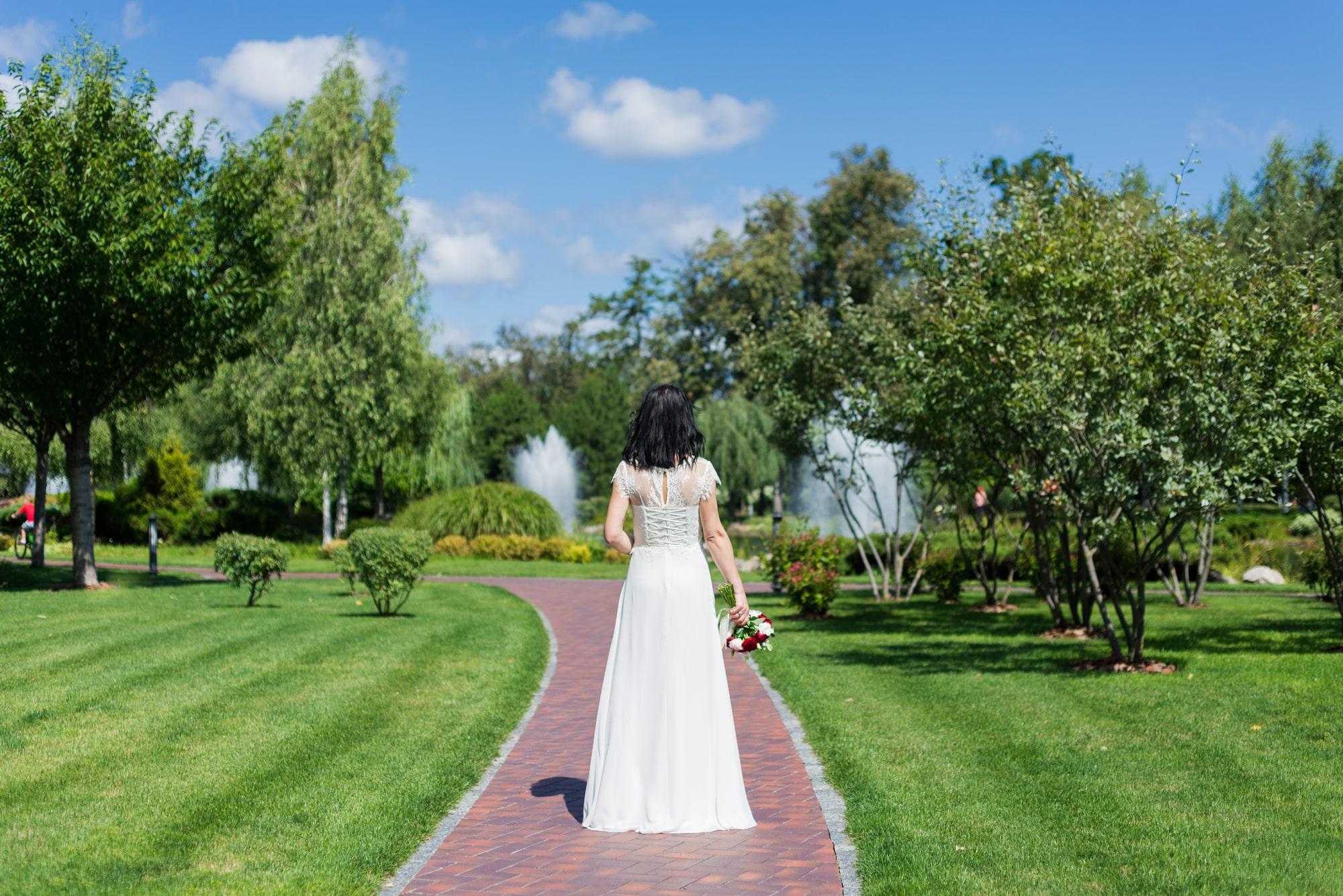 Свадебная фотосъемка в августе - образ невесты