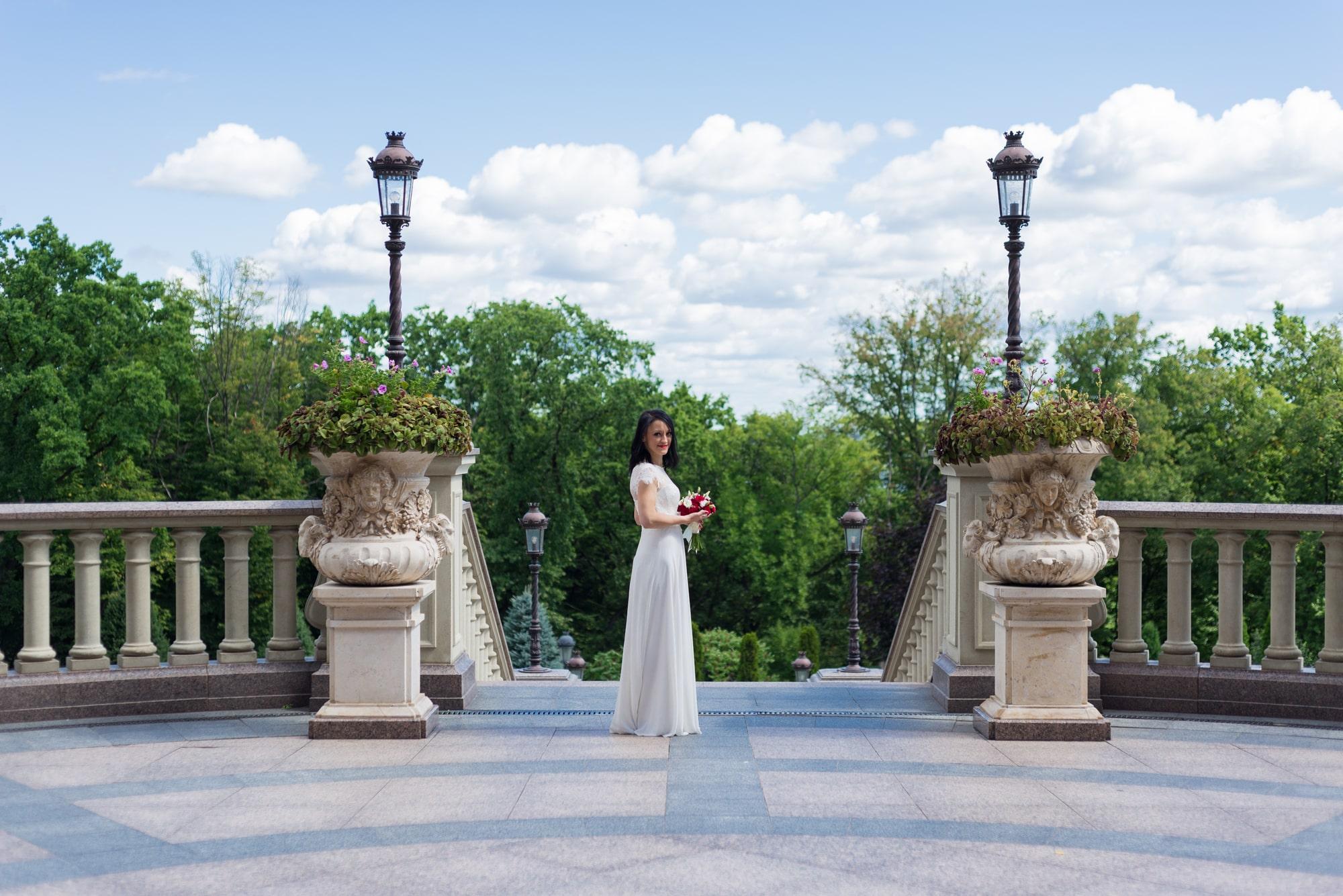 Свадебная фотосъемка в августе - в парке