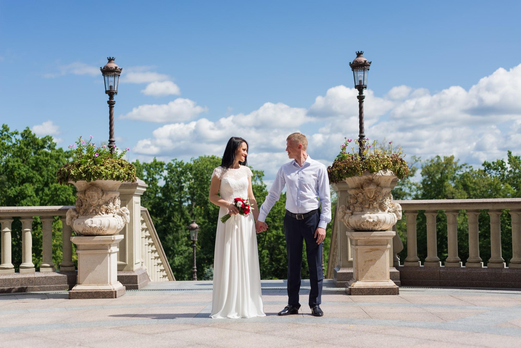 Свадебная фотосъемка в августе - молодая семья