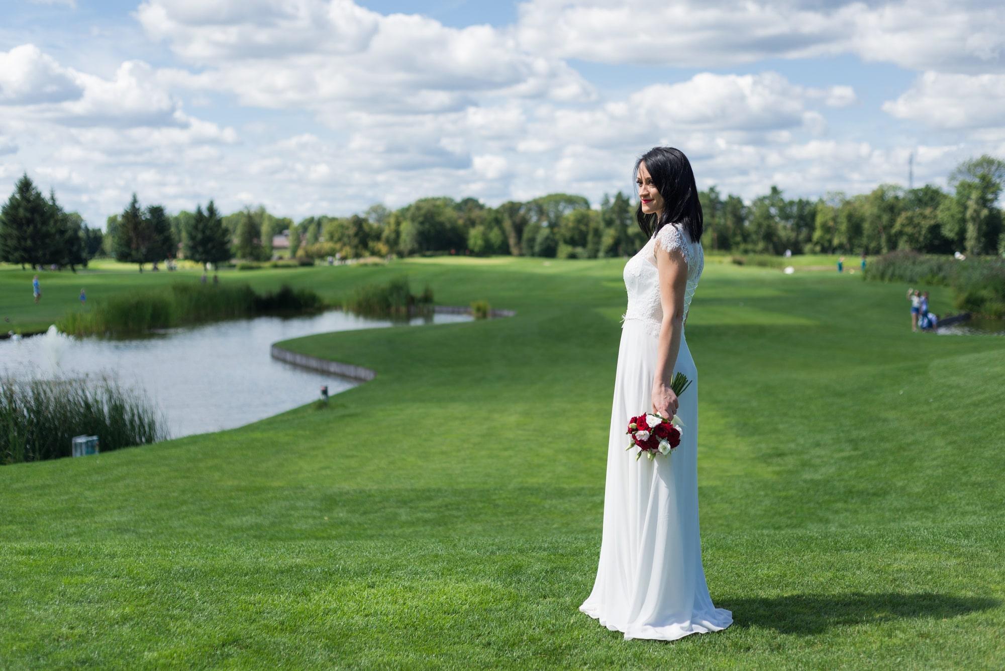 Свадебная фотосъемка в августе - гольф клуб