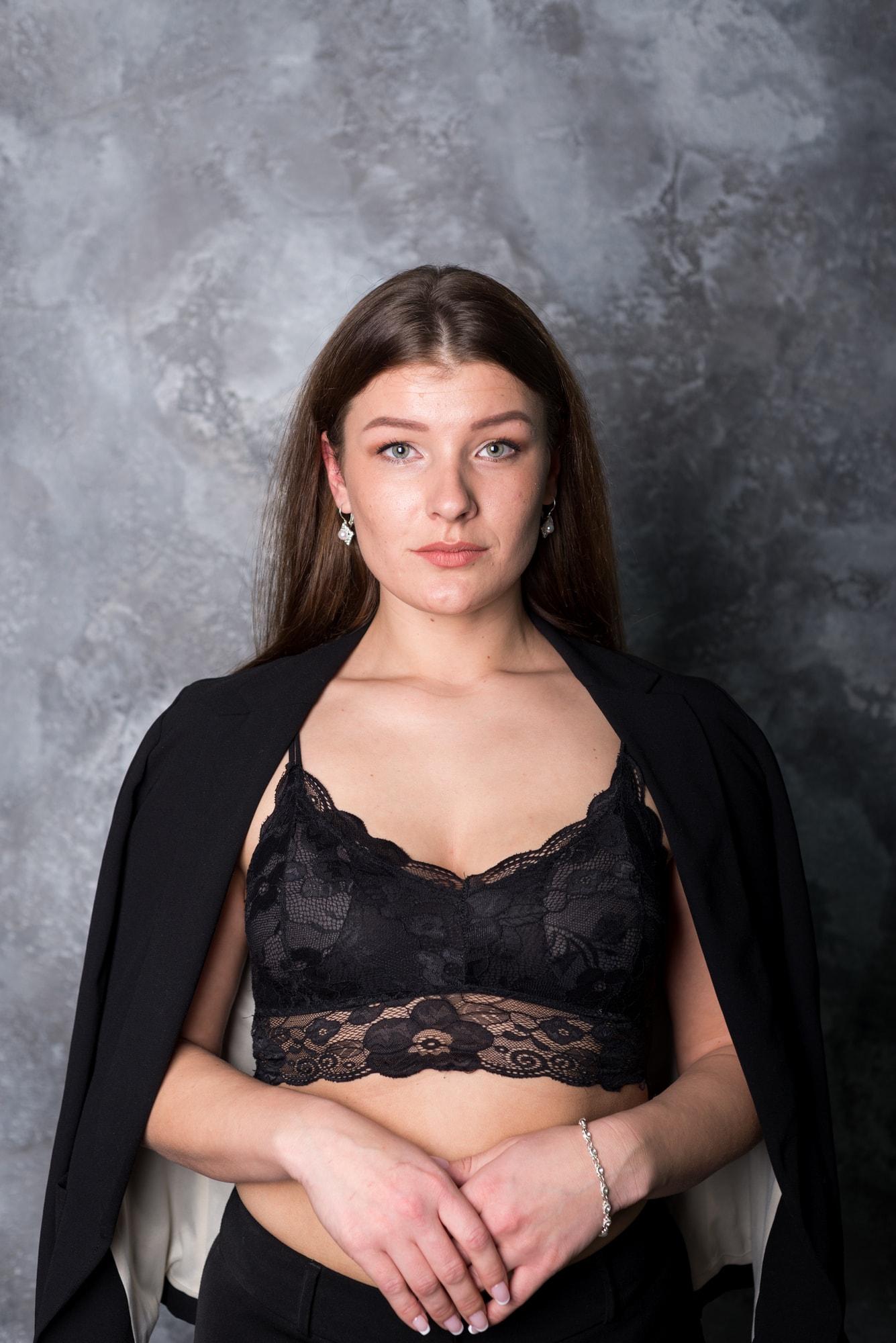 Фотосессия девушки Елены в фотостудии Amore
