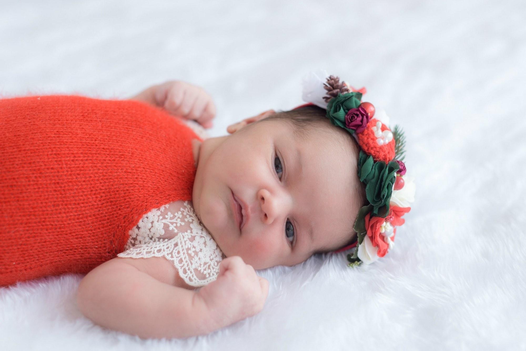 Новорожденная фотосессия в веночке