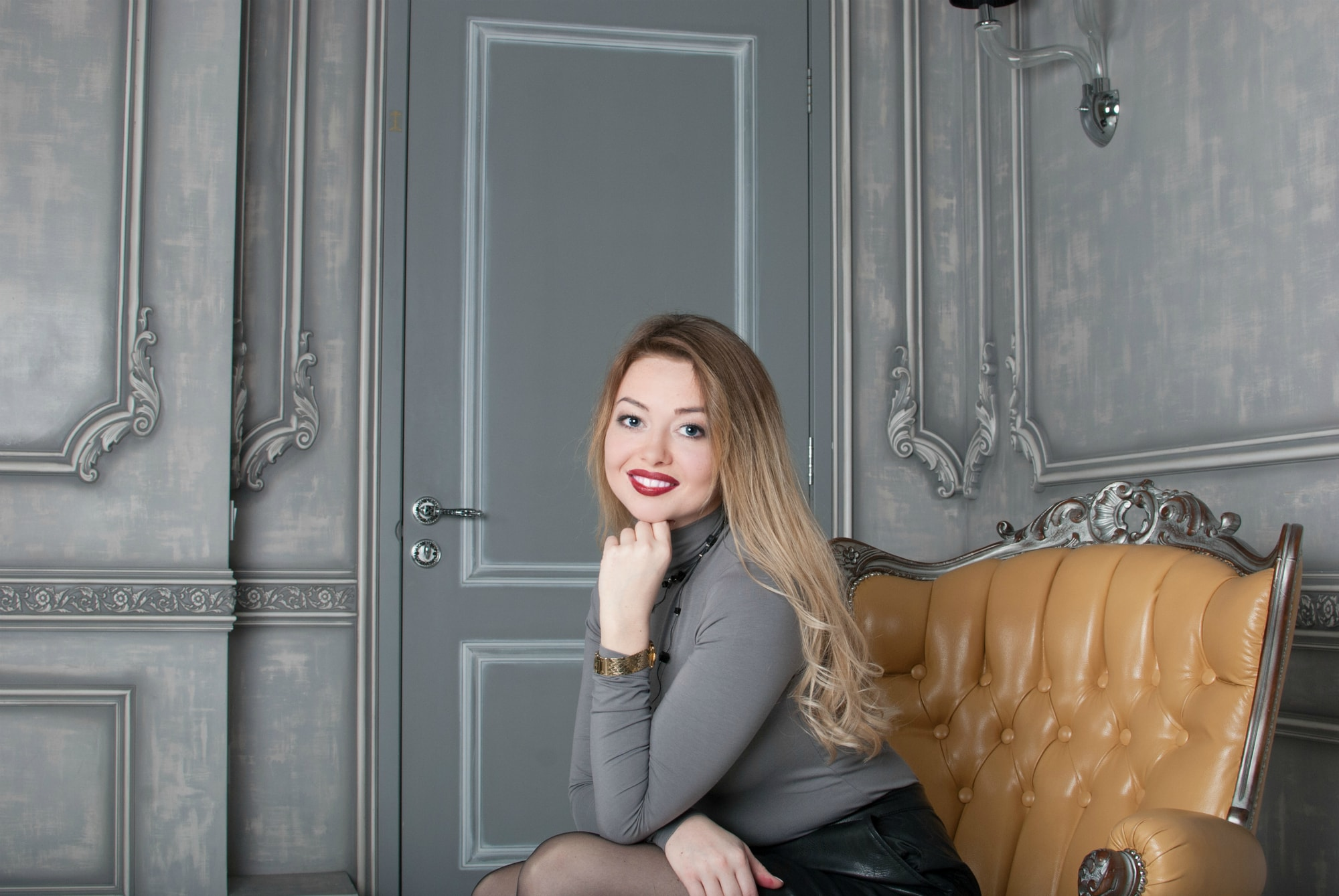 Портфолио для девушки. Фотосессия в студии. Киев.