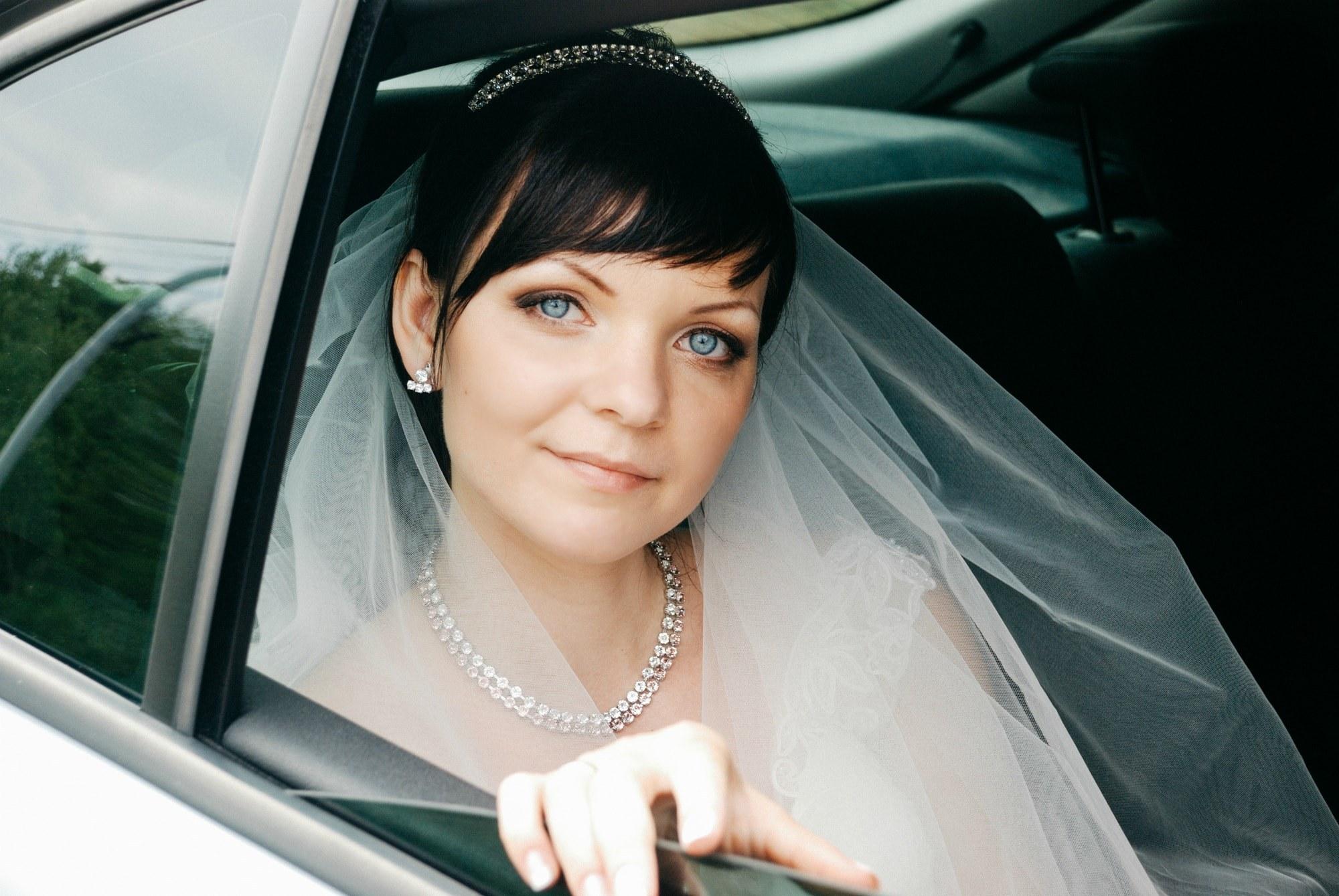 Невеста в лимузине - Фотограф Киев - Женя Лайт