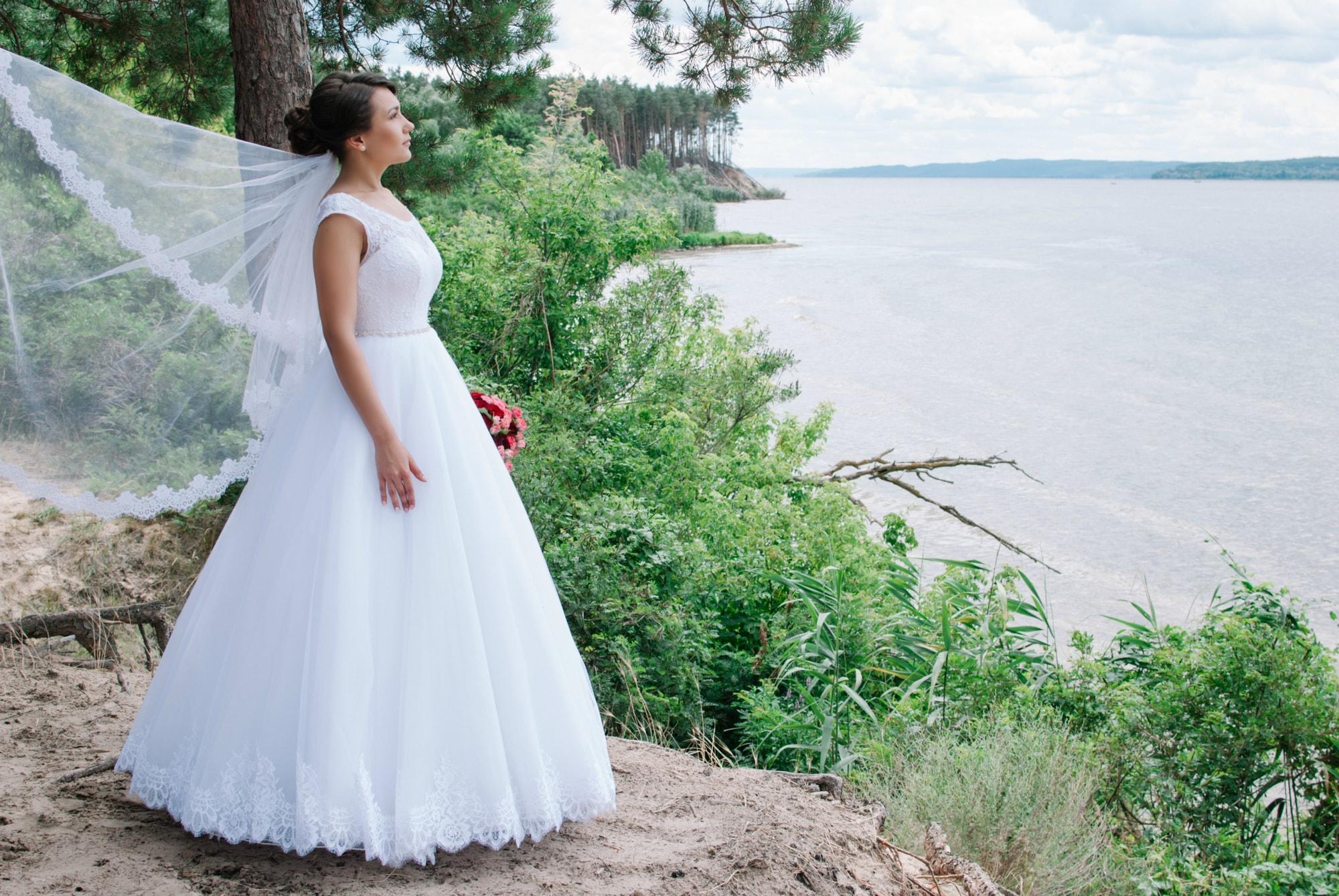 Невеста над обрывом - Фотограф Киев - Женя Лайт