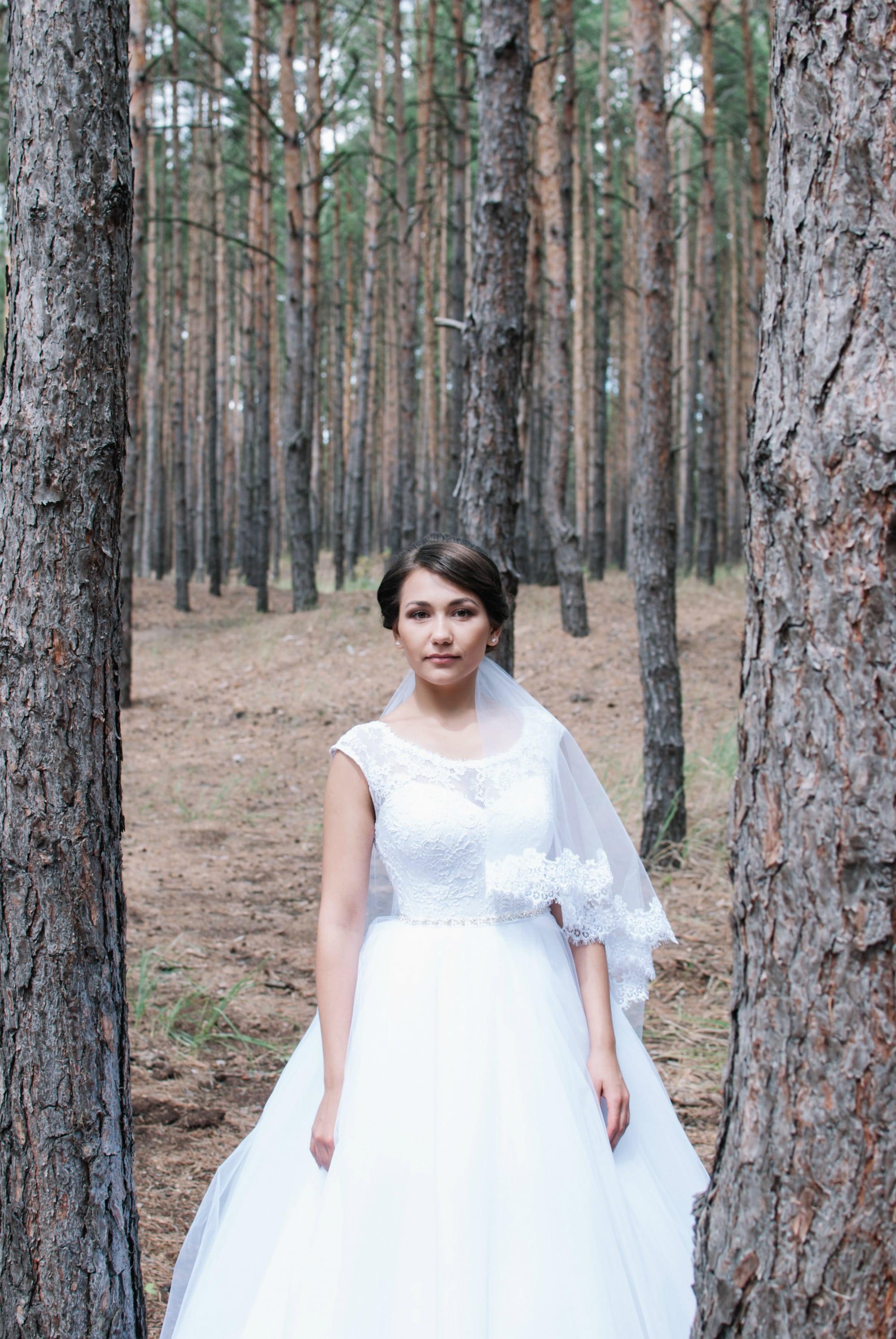Фотография невесты в лесу - Фотограф Киев - Женя Лайт