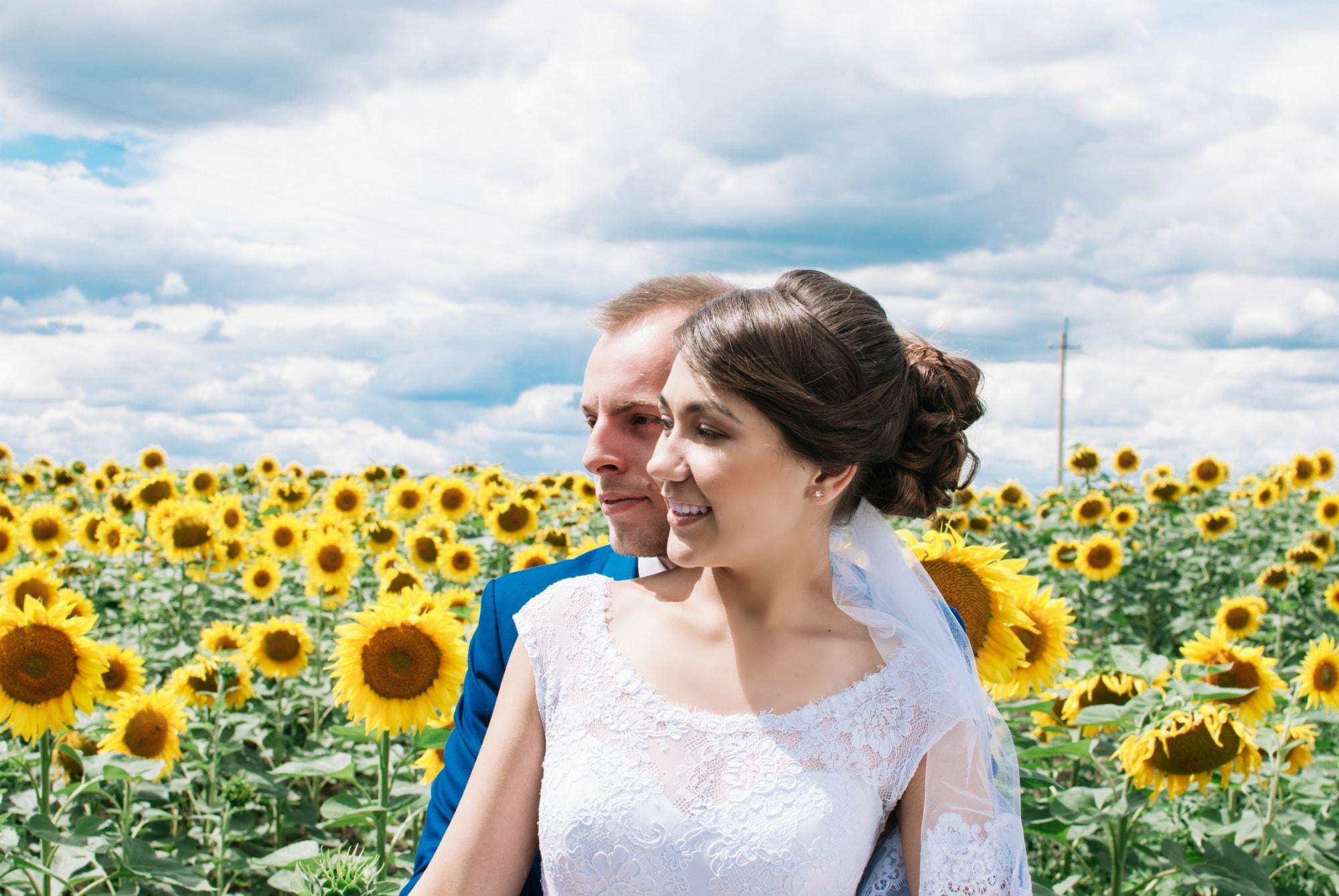 Невеста в поле - Фотограф Киев - Женя Лайт
