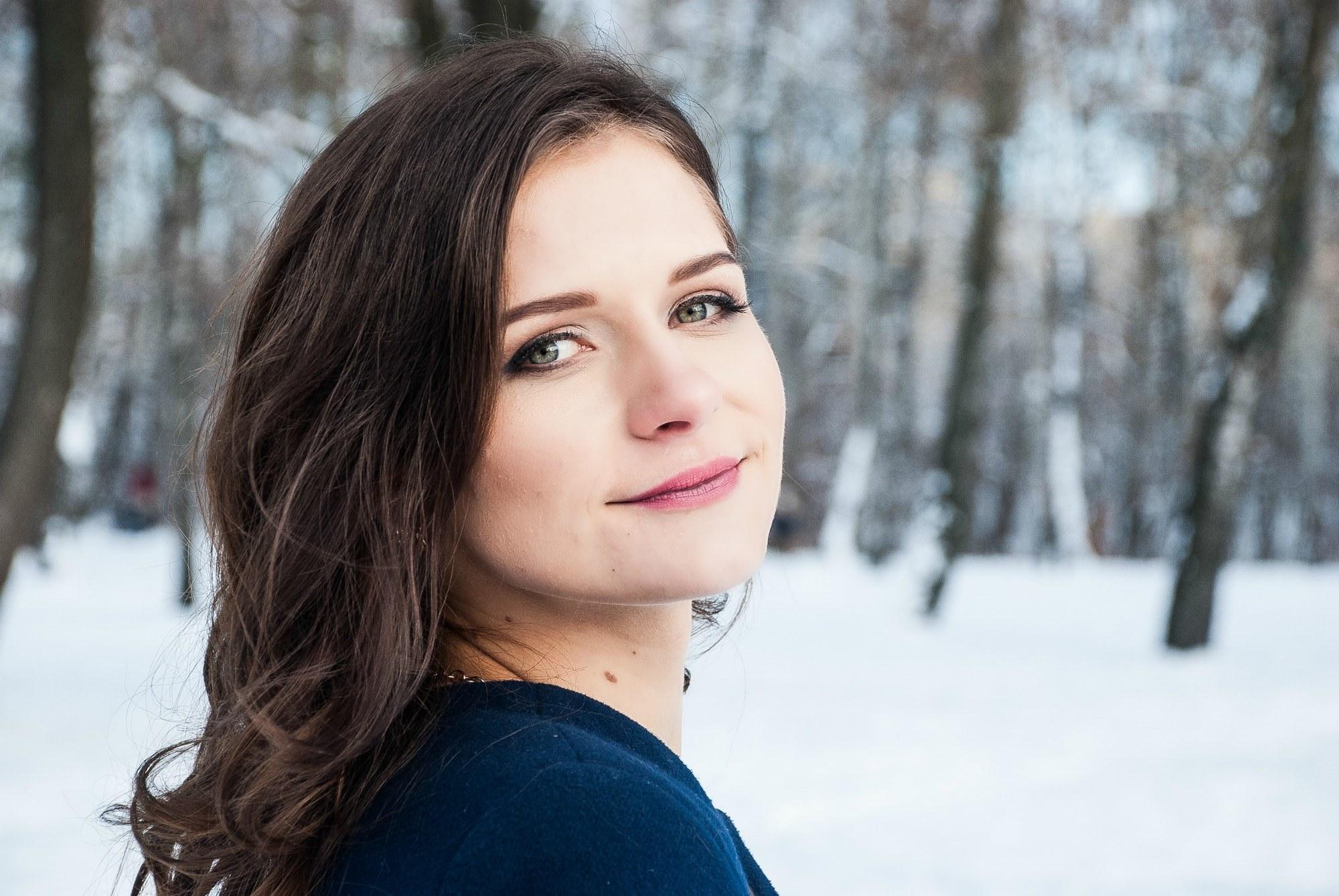 Девушка на зимней фотосессии - Фотограф Киев - Женя Лайт