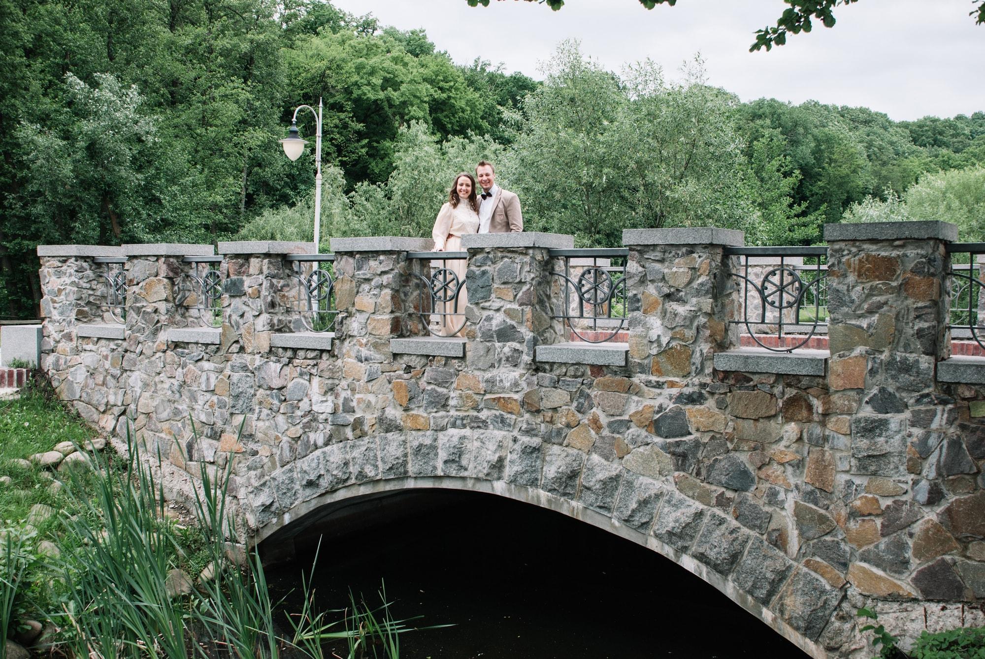 Фотосессия пары на мосту - Фотограф Киев - Женя Лайт
