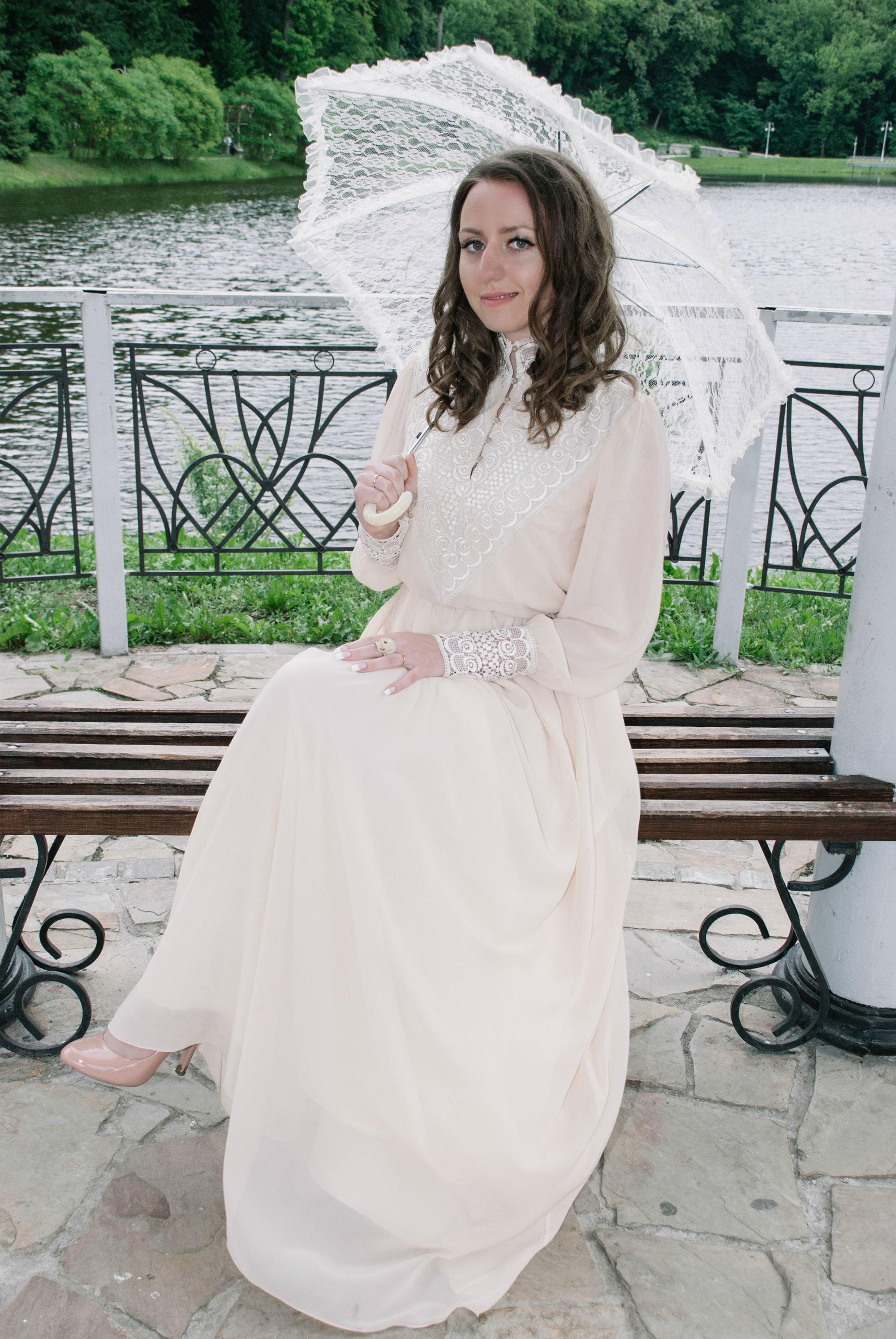 Невеста с зонтом - Фотограф Киев - Женя Лайт