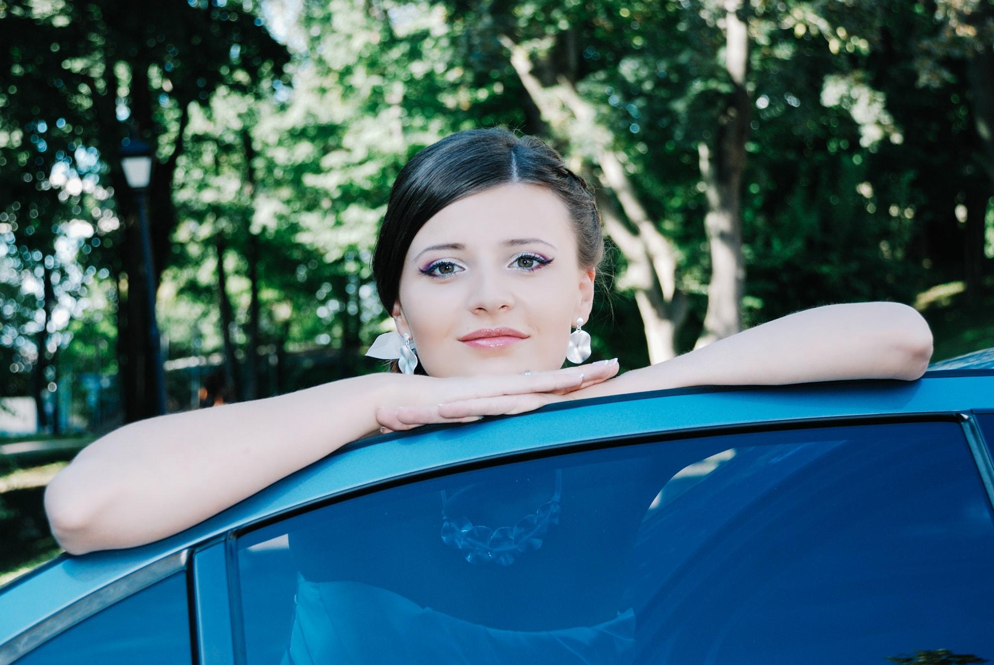 Невеста возле свадебного лимузина - Фотограф Киев - Женя Лайт