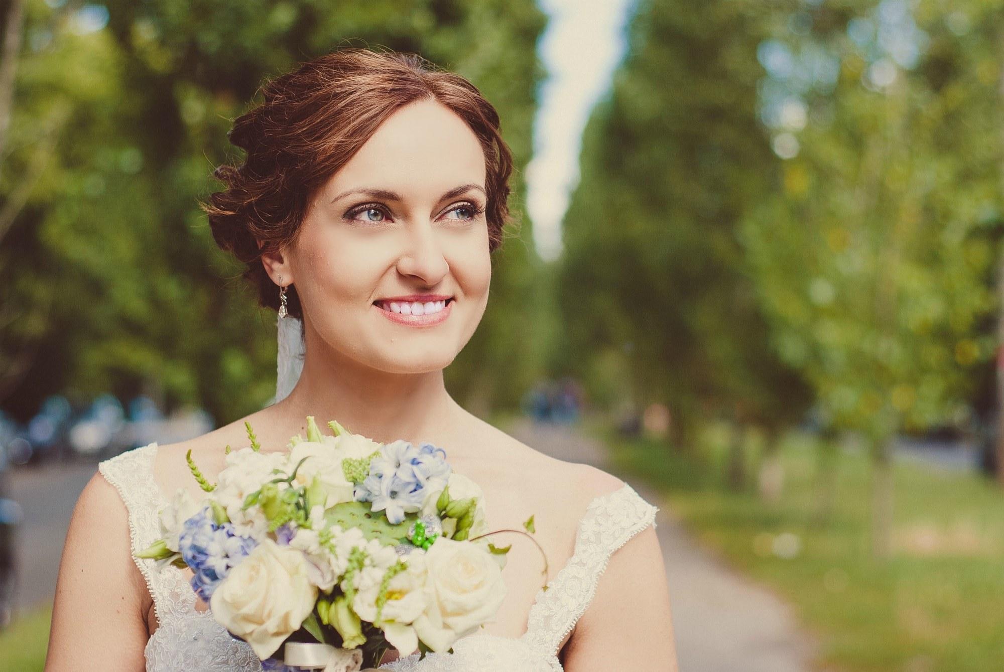 Фото радостной невесты - Фотограф Киев - Женя Лайт