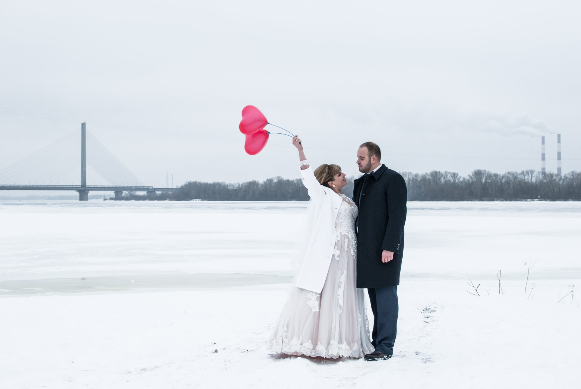 Невеста и шарики - Фотограф Киев - Женя Лайт