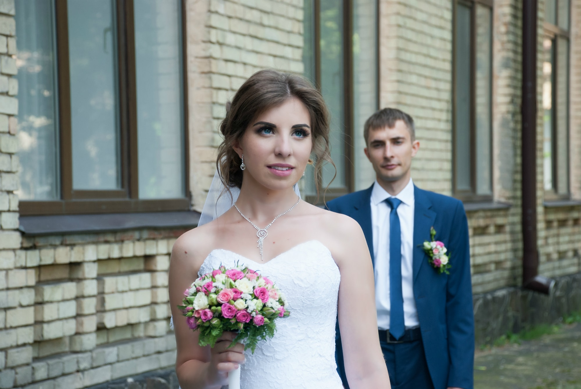 Фото невесты с букетом - Фотограф Киев - Женя Лайт