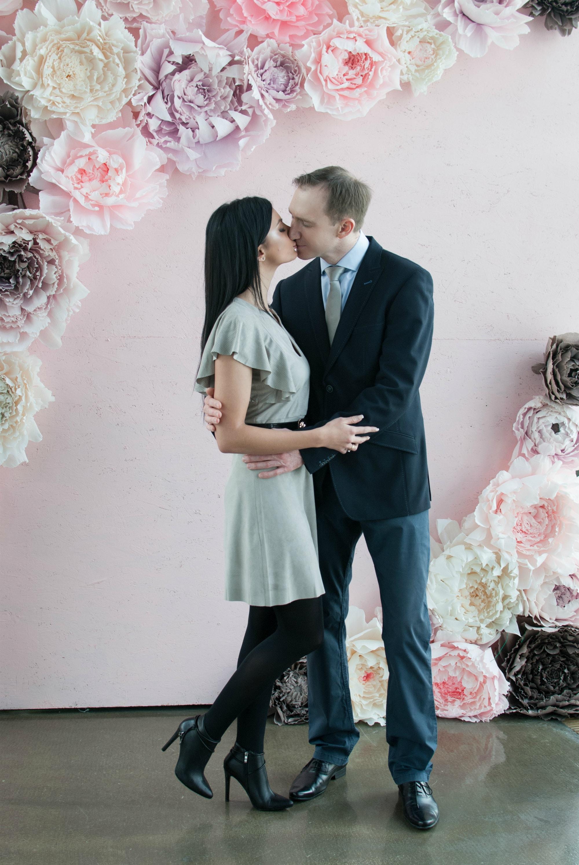 Поцелуй в Загсе - Фотограф Киев - Женя Лайт