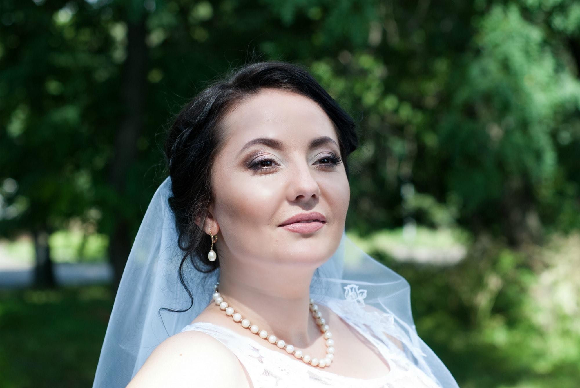 Фото замечтавшейся невесты - Фотограф Киев - Женя Лайт