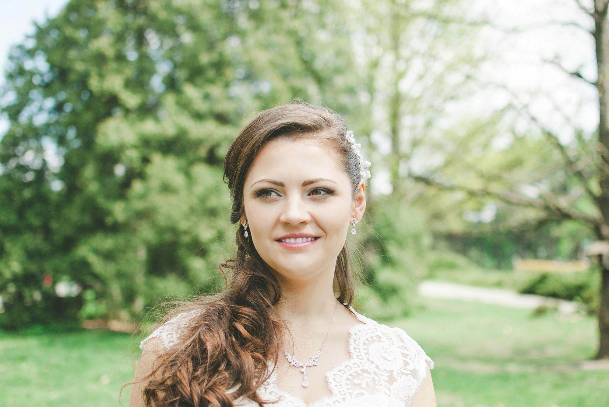 Невеста задумалась - фотограф Женя Лайт