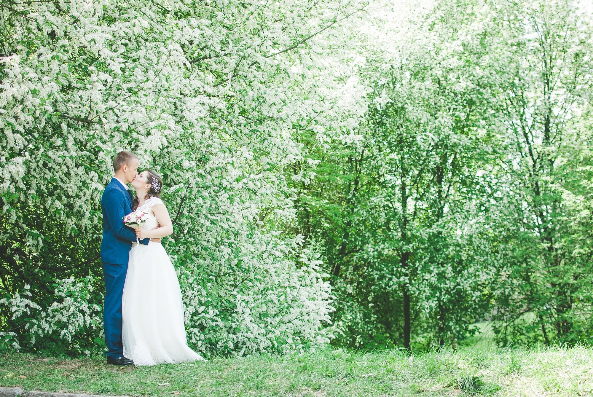 Поцелуи в ботаническом саду - фотограф Женя Лайт