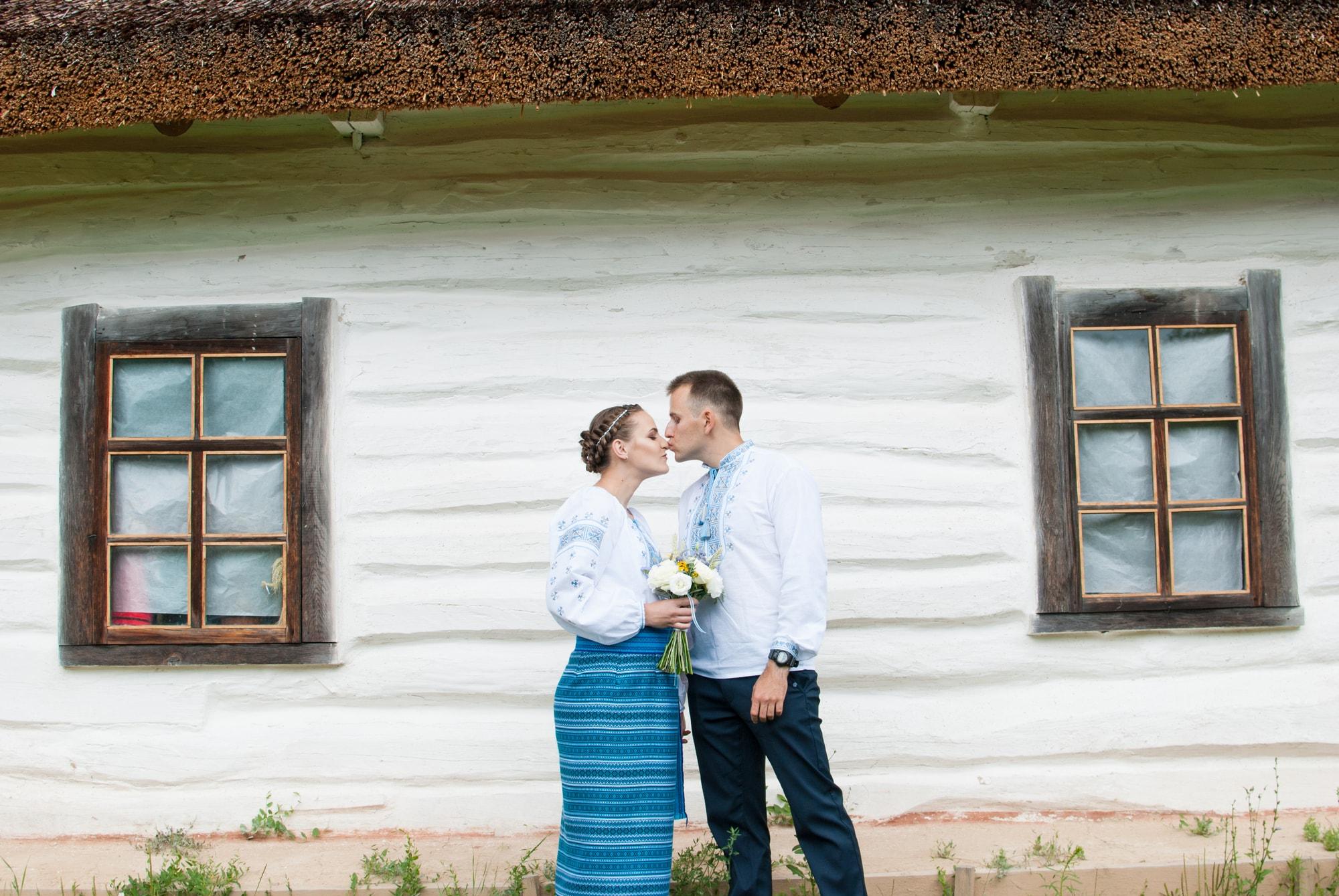 Свадебная прогулка и фотосессия в музее Пирогово