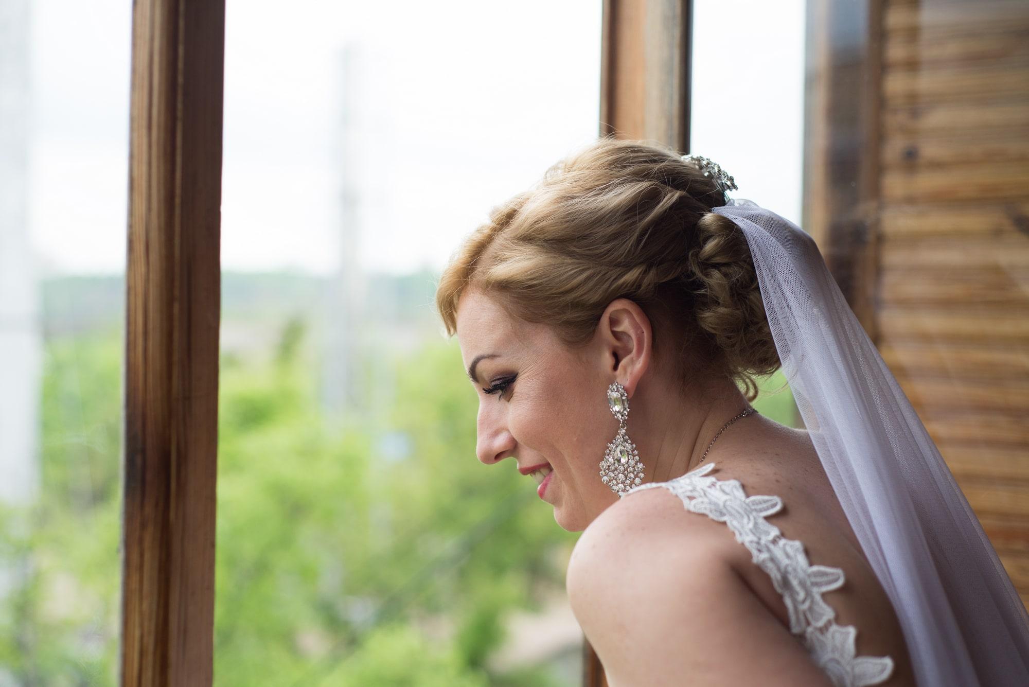 Невеста увидела свадебный кортеж - Фотограф Женя Лайт