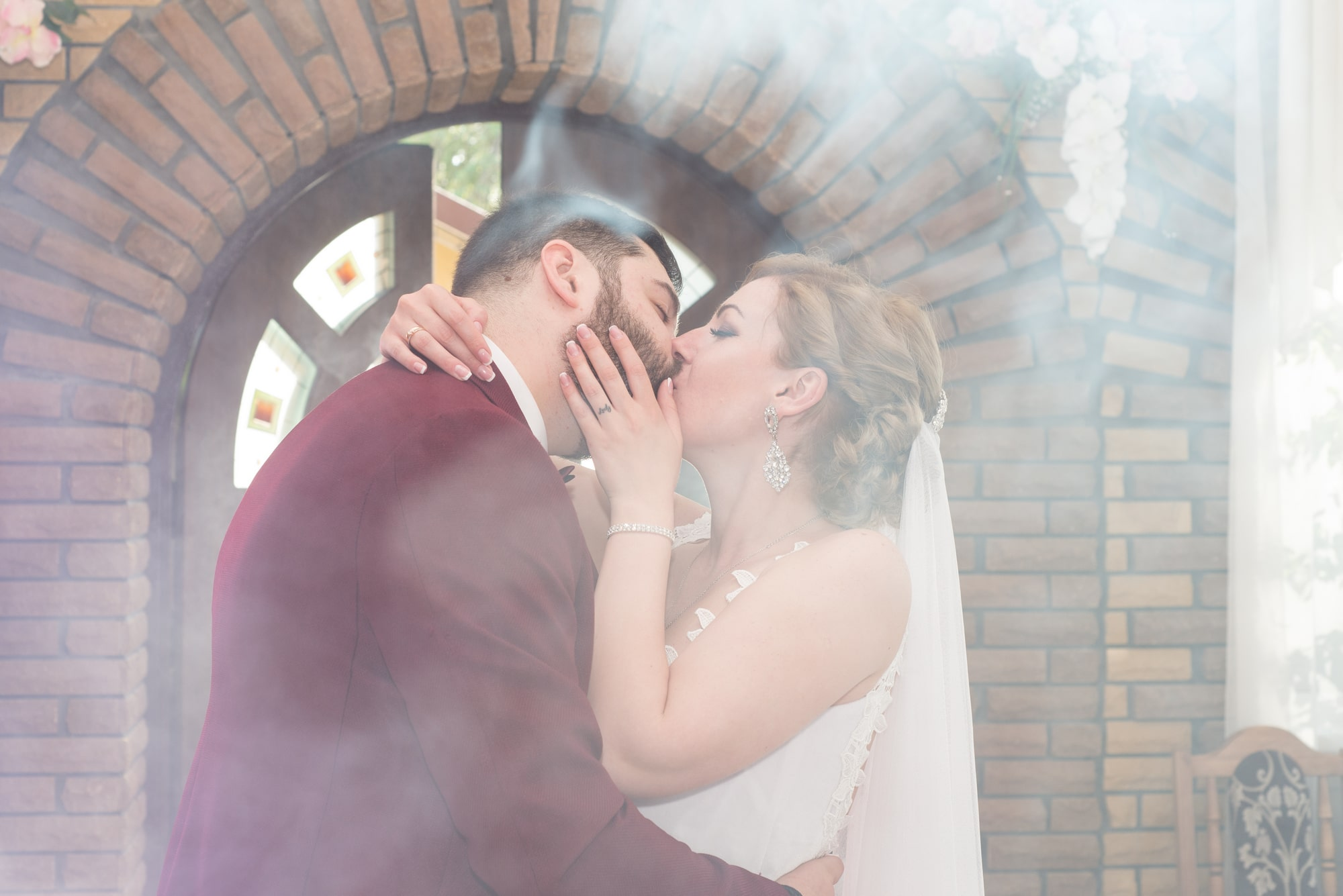 Свадебный танец в дыму - Фотограф Женя Лайт