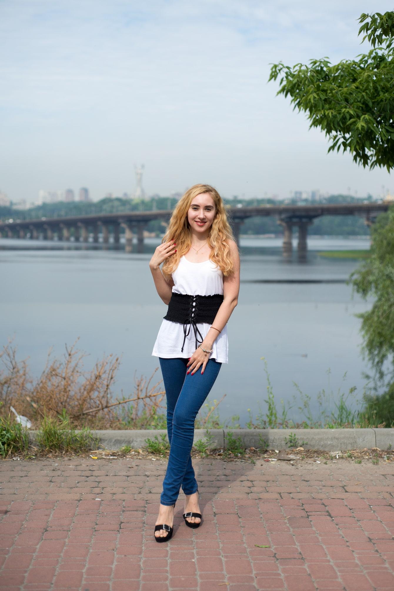 Аня на набережной Днепра - Фотограф Женя Лайт