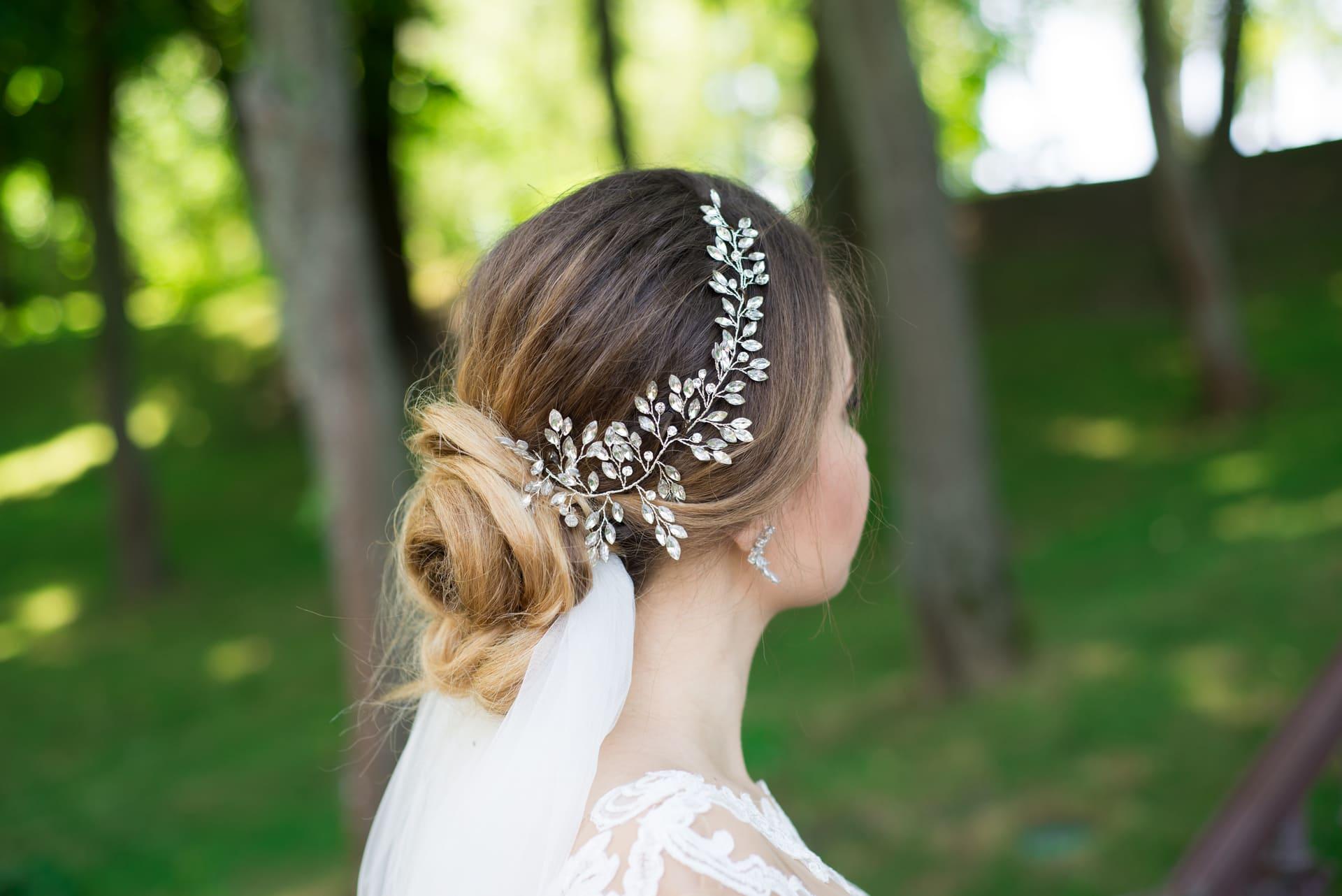 Свадебная фотосессия в Межигорье: Венок невесты