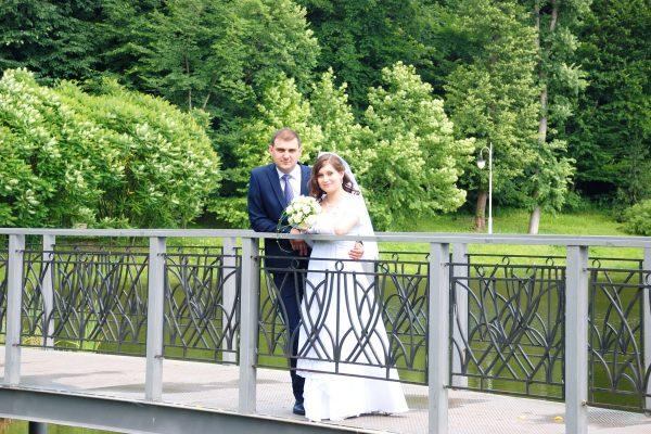 Влюбленная пара фотосессия на мосту - Женя Лайт - Фотограф Киев