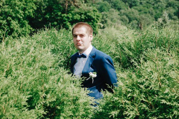 Жених затаился в кустах - Фотограф Женя Лайт