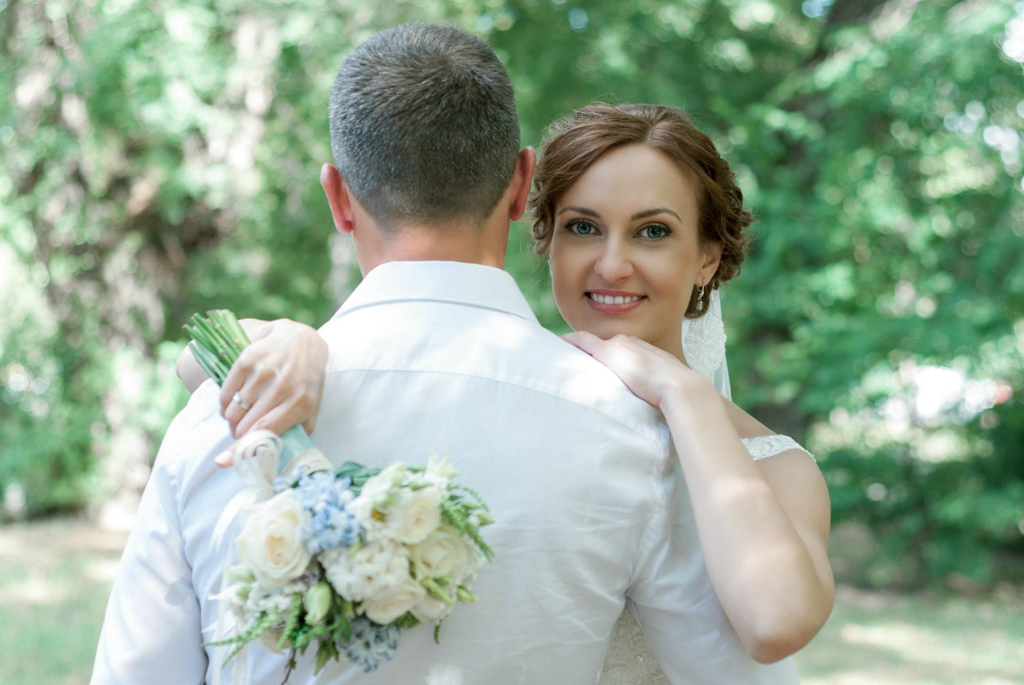 Фотосессия свадьбы возле Загса